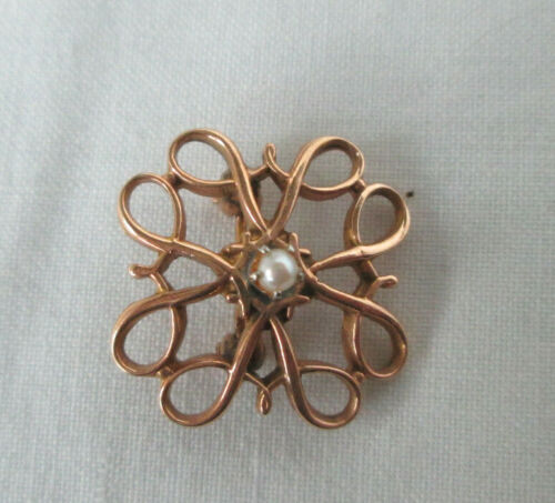 Small Vintage Signed 10K Gold & Pearl Openwork Pin Avon Service Award FREE SHIP
