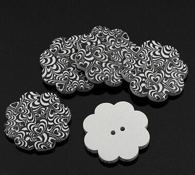 3 Stück  Knöpfe Holz Blütenform Herzmuster 37mm K509.4