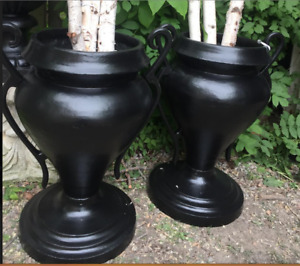 Beautiful Pair of Cast iron Urns Planters Garden Bench