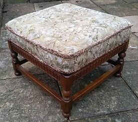 60'S 70'S VINTAGE ERCOL OLD COLONIAL FOOTSTOOL