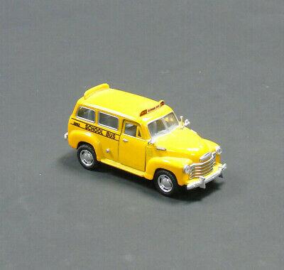 Kinsmart Chevrolet Suburban (1950er) 12.7cm Schulbus 1:3 6 Maßstab Rückzug gebraucht kaufen  Versand nach Germany