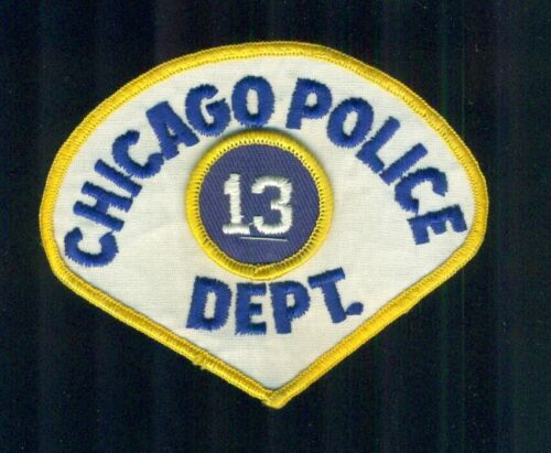 Vintage Chicago Police Department Teardrop Cloth Shirt Patch With 13 Insert rank