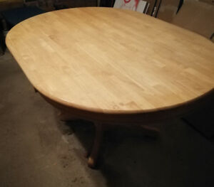 Dinning table with no chairs.