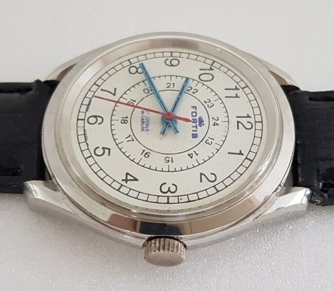 Rare FORTIS Manual Winding Wrist Watch, SWISS, Red Second Hand, Military style, 24 hours dial