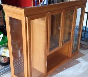 Dining Room Set - Table, hutch & cabinet