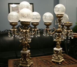 2 BEAUTIFUL ANTIQUE TABLE LAMPS WITH  CHERUBS