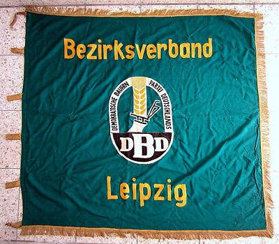 Frühe DBD Fahne Demokratische Bauern Partei Leipzig gestickt ca. 120 x 120 cm
