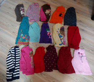 Girl size 3T clothes