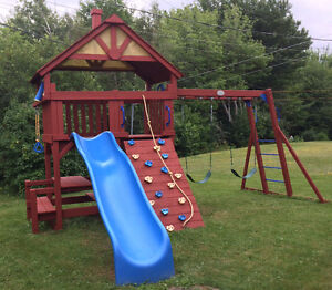 Great 'Sunray Premium Playgrounds' play set from Costco