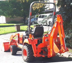 Kubota  BX25  Tractor - Loader - Backhoe