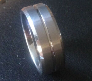 Men's 8.0mm Two Lane Tungsten Wedding Band - Size 9