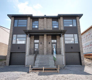 Semi-Detached In the Heart of the West Island $509,000.