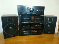 Technics hi-fi system with speakers