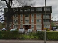 3 bedroom 1st floor flat situated close to both West Finchley Tube Station, Finchley Central