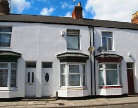 2 BED PROPERTY -GOOD CONDITION -BATHROOM UPSTAIRS -MODERN KITCHEN - LARGE LIVING ROOM