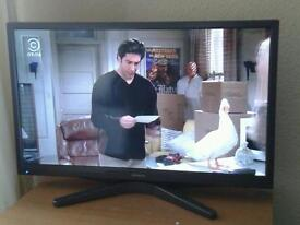Hitachi smart tv 28 inch with remote and dvd