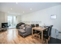 MODERN GOOD SIZE ** 2BED ** 2BATH ** BRICK LANE ** FURNISHED ** CHEAP ** PRIVATE PATIO **