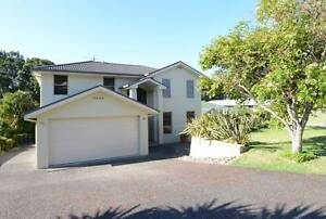 SOUTH WEST ROCKS - Modern home - Immaculate condition. South West Rocks Kempsey Area Preview