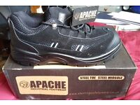 Apache AP302SM Unisex Safety Shoes Size 7