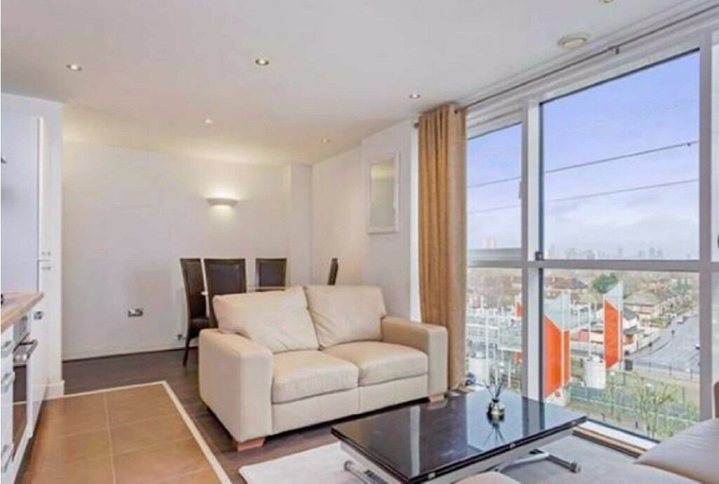 MUST SEE BRAND NEW 2 BEDROOM APARTMENT ROYAL VICTORIA CANNING TOWN CANARY WHARF£350