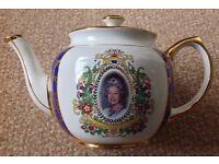 New Unused Queen Elizabeth II Coronation 50th Anniversary Ringtons Teapot