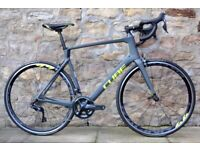 COST £3000. 2019 CUBE AGREE C:62 SL Di2 CARBON ROAD BIKE. ONLY 7.7KG. MINT CONDITION. C62