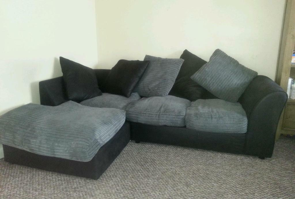 Corner sofa for sale from argos 100 good condition right for Nice sofas for sale