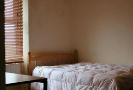 Kingsize short let room on weekly basis near Camden Town 5-10 min walk to 4 tube and rail links