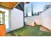 VERY MODERN 2 BEDROOM HOUSE IN NEW CROSS AVAILABLE NOWWWW