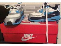 Kids Brand New Nike AirMax trainers 7.5