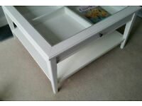 IKEA Liatorp white coffee table vintage look with glas
