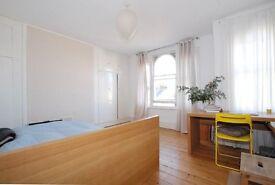 Brilliant 4 Bedroom House *Hawksley Road* Stoke Newington * FURNISHED*