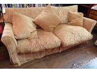 Wallow in comfort Sofa ref 1/32