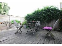 Northwold Road, 2 bed flat with garden