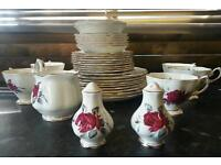 Royal albert Bone china england sweet romance nice prcelane bundle in good condition! Can deliver!