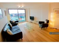 2 bedroom flat in Clyde Street, Glasgow, G1 (2 bed) (#1005220)