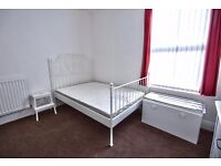 AMAZING NEWLY REFURBISHED rooms, cute street, close to UNI close to CENTRE