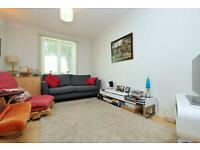 **Crusoe Mews, 2 bed house, great location located of Grayling Road so ideal for school**