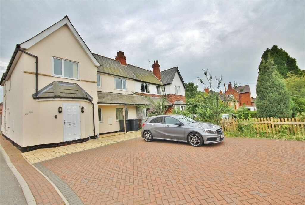 2 x Lovely bright and modern 2 bed flats to let