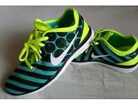Nike Free 5.0 Women Trainers Size: 5.5