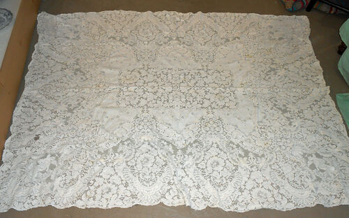 "Antique White Lace Table Cloth 78"" by 56"""