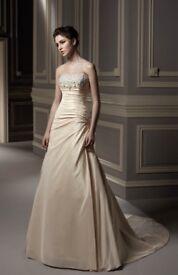 Wedding Dress - Ivory, Benjamin Roberts, size 10, unworn