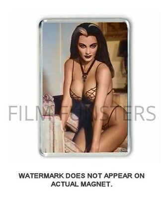 60's  NOSTALGIA 'LILLY MUNSTER -THE MUNSTERS- COLOUR JUMBO FRIDGE /LOCKER MAGNET