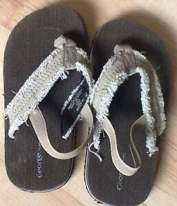George size 10 Toddler Sandals, Brand New