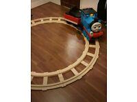 Thomas tank engine peg perego Train ride on