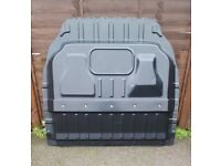 Van Bulkhead - Ford Connect - 2002-2014 - LWB / High Roof - Very Good Condition - Includes Bolts