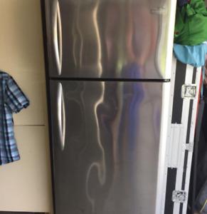 Frigidaire/réfrigérateur/congélateur stanless marque frigidaire