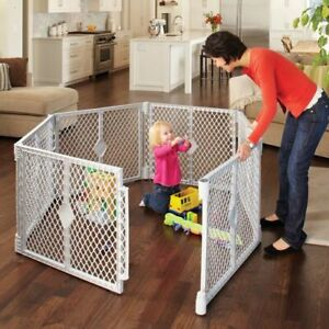 North States Superyard Classic Play Yard (Never used)
