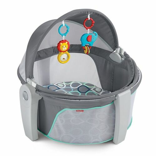 Fisher-Price Bubbles On-the-Go Baby Dome