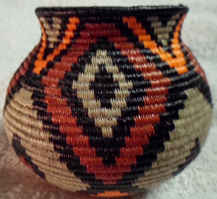 Wounaan Embera Indian Elegant Classic Design Woven Basket-Panama 17091405L